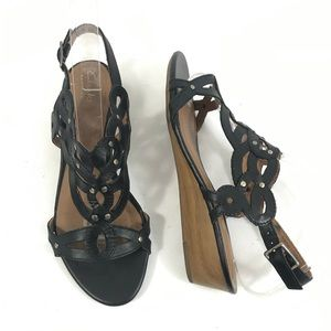 1751184e1ee Clarks Playful Tunes Black Leather Wedge Sandals